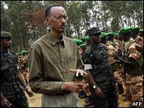 rwanda_troops