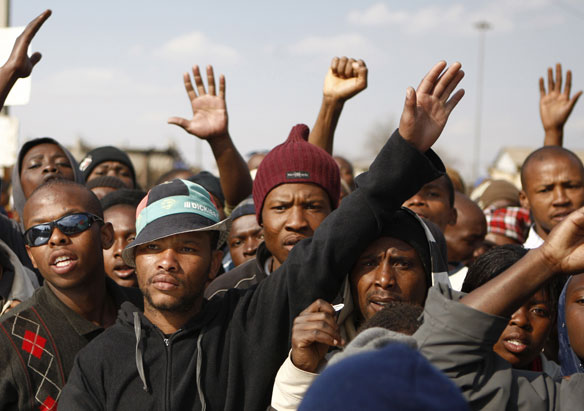 south-africa-protesters