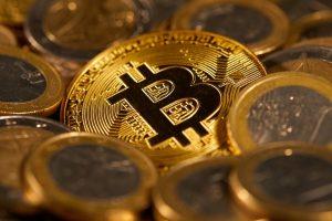 Bitcoins and euros